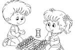 Tranh tô màu cô bé và cậu bé chơi cờ vua